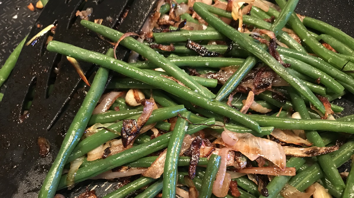 Green beans with shallots and pancetta Simon McKenzie Silver Magazine www.silvermagazine.co.uk
