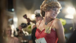 Emma Corrin as Princess Diana in The Crown Season 4 - Silver Magazine www.silvermagazine.co.uk